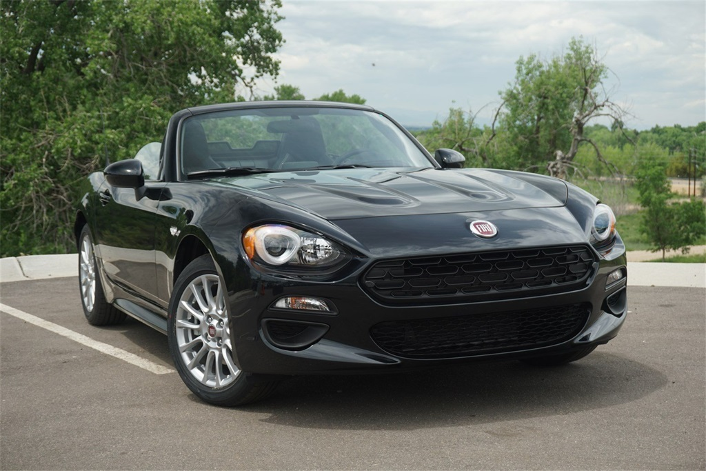 Pre-Owned 2018 FIAT 124 Spider Classica